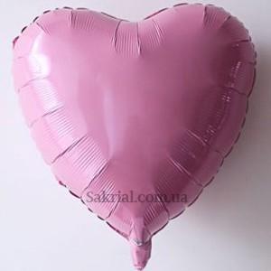 Розовое фольгированное сердце пастель