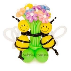 Купить букет цветов из шариков с пчелками