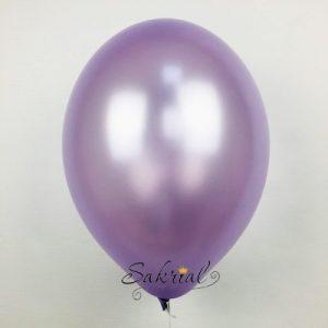 Воздушные шары лавандового цвета надутые гелием