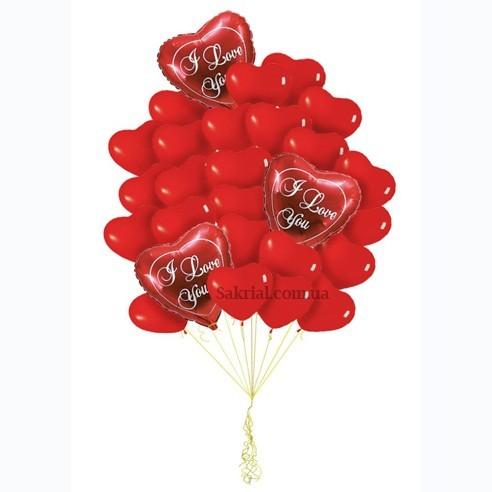 Красные сердца на День влюбленных