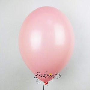 Розовый шар с гелием