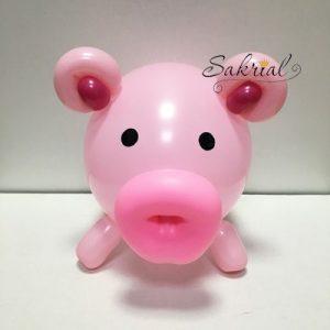 Свинка из шаров