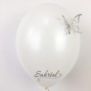 Белые Шары Пастель с Серебряной Бабочкой