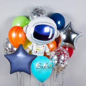 набор шариков с космонавтом